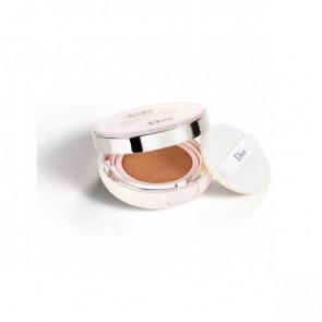 Dior CAPTURE TOTALE DREAMSKIN Perfect Skin Cushion 030