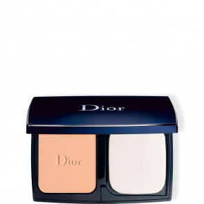 Dior DIORSKIN FOREVER Extreme Control 020 Light Beige