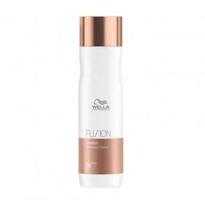 Wella Fusion Intense Repair Shampoo 250 ml