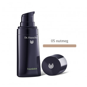 Dr. Hauschka FOUNDATION - 05 Nutmeg 30 ml